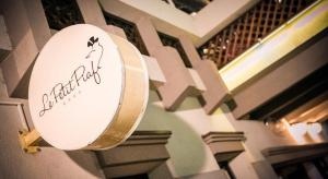 Нова Година в Hotel Le Petit Piaf 3 *