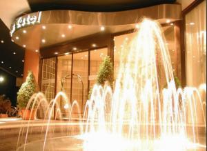 Нова Година в Гърция: 2 нощувки със закуски + Гала вечеря + СПА в Egnatia City Hotel & SPA 4*, Кавала!