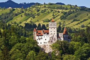 Синая ◊ Замъка Пелеш ◊ Замъка на граф Дракула ◊ Брашов ◊ Букурещ
