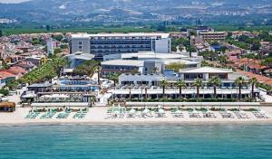Почивка в хотел KUSADASI PALM WINGS BEACH RESORT 5*