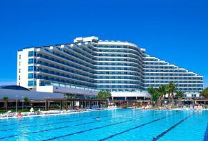 Почивка в хотел Venosa Beach Resort & SPA 5* - Дидим, Турция