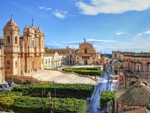 Last Minute! All Inclusive Почивка в Италия, о-в Сицилия - Athena Resort 4*