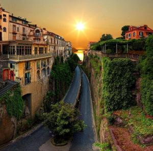 Почивка в Италия, Кампания с полет Варна