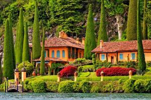 Септемврийски празници Италиански езера и езерото Лугано с полет от София
