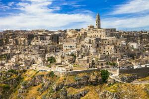 Почивка в Италия - Калабрия с полет от София  с включени екскурзии до Бари и Матера