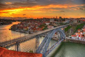 Нова Година 2019 в Лисабон с обслужване и водач на български език!