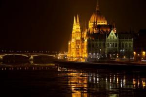Предколедна екскурзия до Виена и Будапеща - автобусна програма