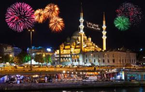 Нова година 2019 в Истанбул + Гала вечеря на коробче по Босфора, автобусна програма без нощни преходи