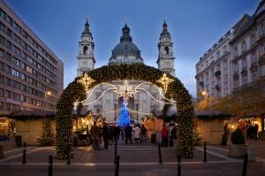 Коледни базари в Будапеща с полет от София - ранни записвания
