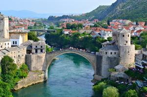 Великден 2019! БОСНА и ХЕРЦЕГОВИНА: Сараево, Босненски пирамиди, Мостар, Баня Лука - автобус от София, 5 дни, дневен преход