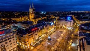 Коледа 2018 в Хърватска: ЗАГРЕБ - Белград - Любляна, автобус  от София и Пловдив, дневен преход , 3 нощувки със закуски и вечери