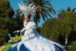 Карнавалът в Ница и Мантон - самолетна програма от София - ограничени места.