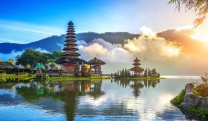 Великден на остров Бали с полет от София