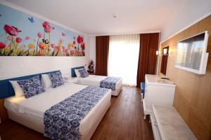 All Inclusive почивка в Анталия, Турция с полет от София - хотел Eftalia Village 5*