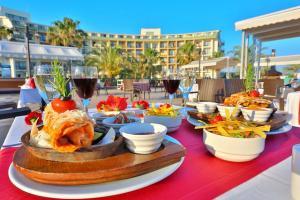 Ultra All Inclusive почивка в Сиде - Анталия, Турция с полет от София - хотел Lyra Resort & SPA 5*