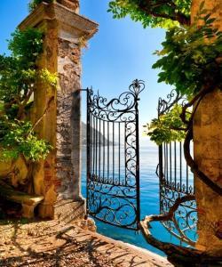 Обиколна екскурзия Магията на Италианските езера с полет от София