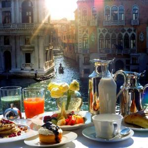 Автобусна екскурзия Класическа Италия - Рим, Венеция и Флоренция с отпътуване от Пловдив и София
