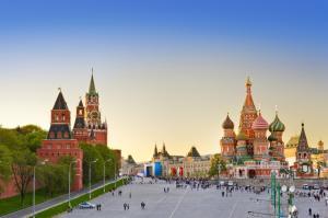 ЛЯТНАТА МАГИЯ НА МОСКВА И САНКТ ПЕТЕРБУРГ 2020